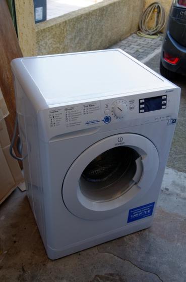 Annonce occasion, vente ou achat 'Lave-linge hublot Indesit XWE 61252 W FR'