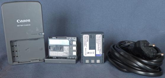 Annonce occasion, vente ou achat 'Chargeur CANON CB-2LWE avec 2 batteries'