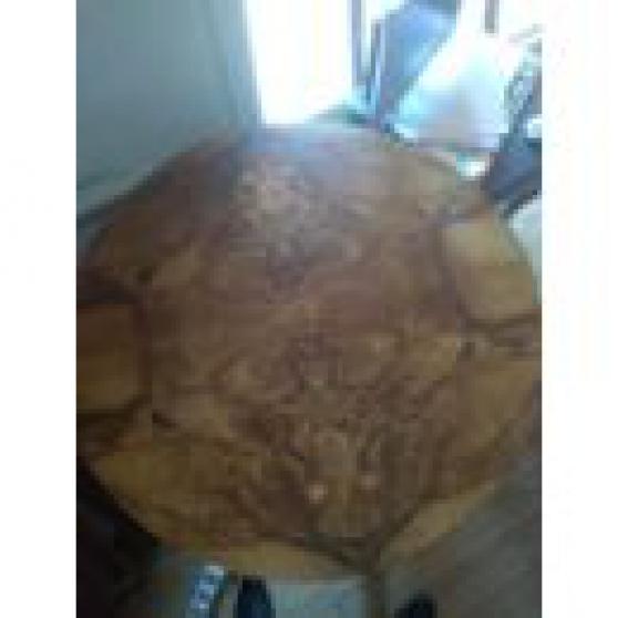 Annonce occasion, vente ou achat 'Table ronde en bois Ancienne'