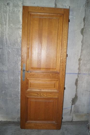 2 portes en bois avec leurs dormants