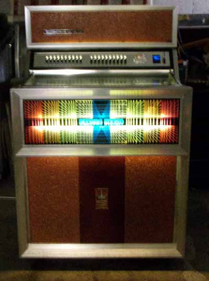 Jukebox Seeburg SE100 Golden Jet 1970 - Photo 2