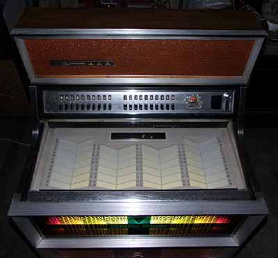 Jukebox Seeburg SE100 Golden Jet 1970 - Photo 4