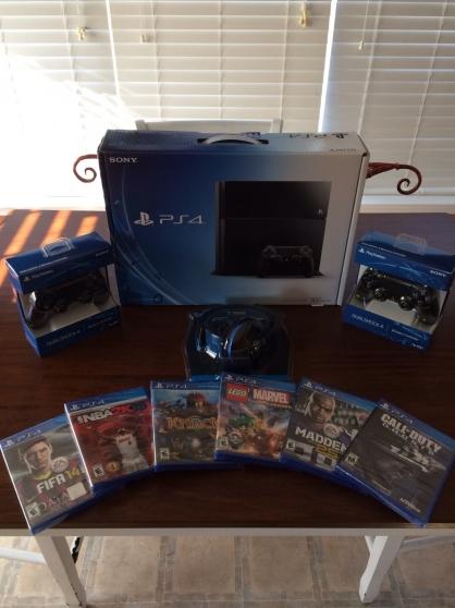 PS4 500 Go noir + 2 manette + 6 jeux + G