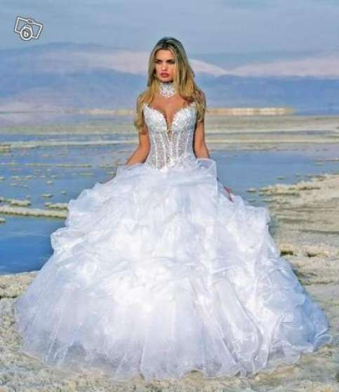 Vends Robe de mariée NEUF