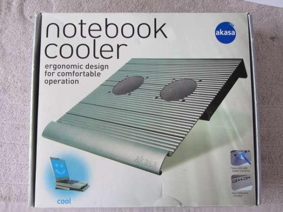 Akasa refroidissement PC Portable