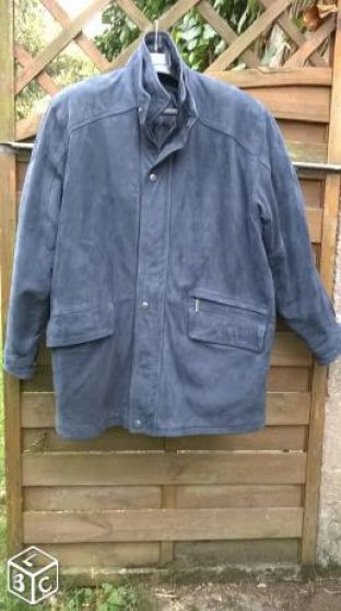 Annonce occasion, vente ou achat 'Manteau homme cuir nubuck'