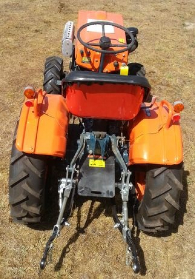 Annonce occasion, vente ou achat 'TRACTEUR KUBOTA B7000 BI CYLINDRES diese'