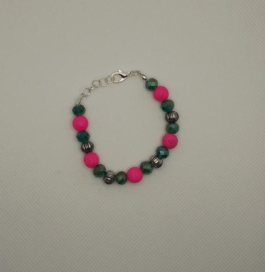 Annonce occasion, vente ou achat 'Bracelet Fantaisie Perles artisanale'