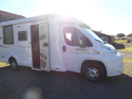 camping car rapido 690 saintes caravanes camping car camping car saintes reference car. Black Bedroom Furniture Sets. Home Design Ideas
