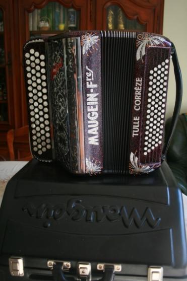 accordéon chromatique Mangein