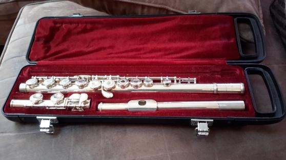 vends flute yamaha yfl261s musique instruments fl tes. Black Bedroom Furniture Sets. Home Design Ideas