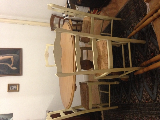 Table+ rallonges + 4 chaises
