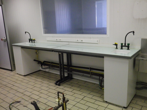 TABLES EQUIPEE POUR PATISSERIE