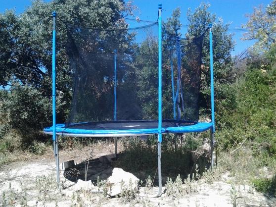 trampoline diamètre 3.05 m - Annonce gratuite marche.fr