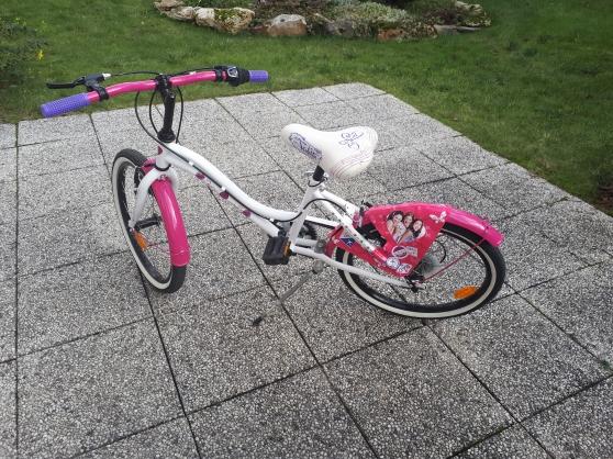 vélo fille violetta - Annonce gratuite marche.fr