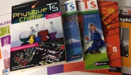 Annonce occasion, vente ou achat 'Lot livres TS Lycée Colbert Thionville'