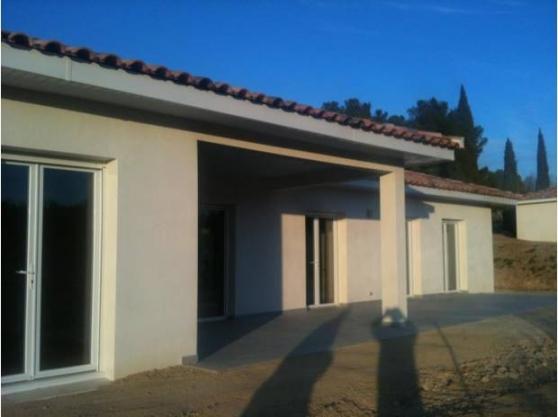 Villa neuve sur 1200 m² superbe vue