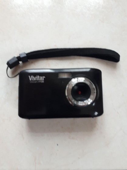 Annonce occasion, vente ou achat 'APPAREIL PHOTO VIVITAR VIVICAM F128'