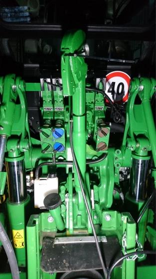 John Deere 5125R en très bon état - Photo 3