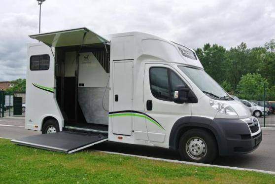 Camion VL chevaux - Stalle -Citroen Jump