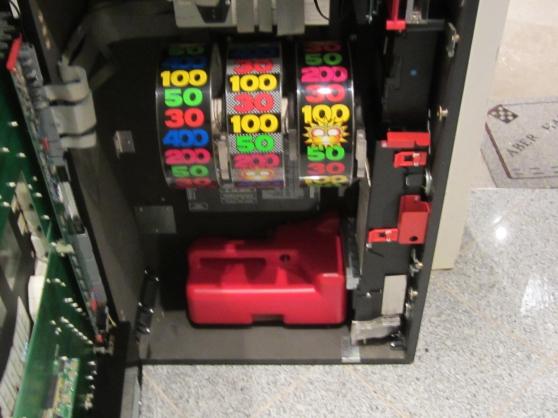 MACHINE A SOUS BALLY RAVE - Photo 3