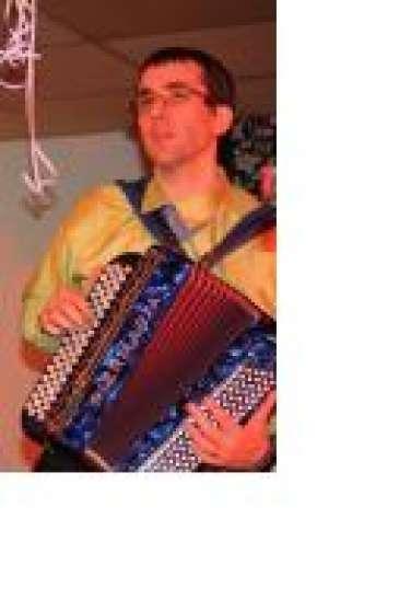 accordeoniste cherche groupe