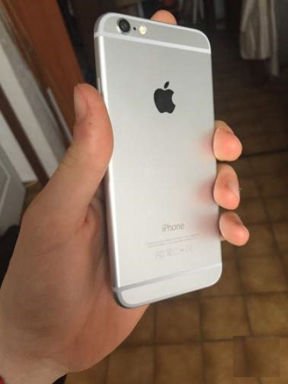 Iphone 6 argent 16go etat neuf - Photo 2
