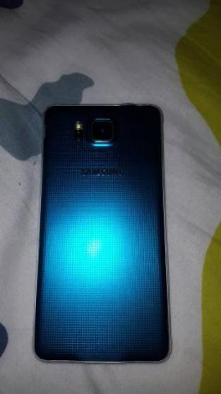 Samsung Galaxy alpha bleu