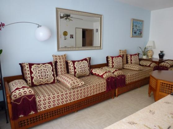 Salon marocain rouge et or MEUBLES - DÉCORATION SALONS - SALLES À ...