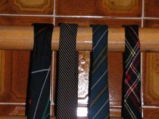 cravates - Annonce gratuite marche.fr