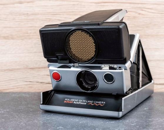 Annonce occasion, vente ou achat 'Polaroid SX-70 Autofocus en bon état'