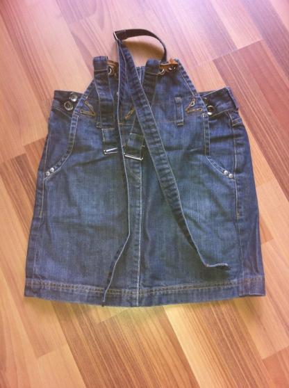 Annonce occasion, vente ou achat 'Vend mini-jupe salopette'