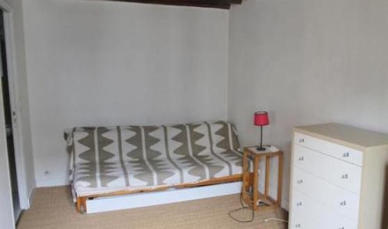 location studio meublé 26m2 à paris IX