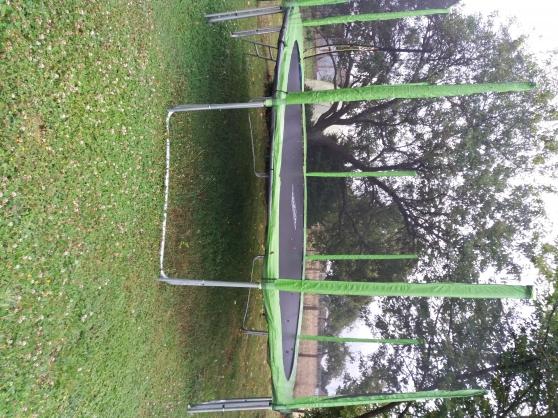 Grand trampoline jouets jeux jouets d 39 ext rieur for Jouets exterieur