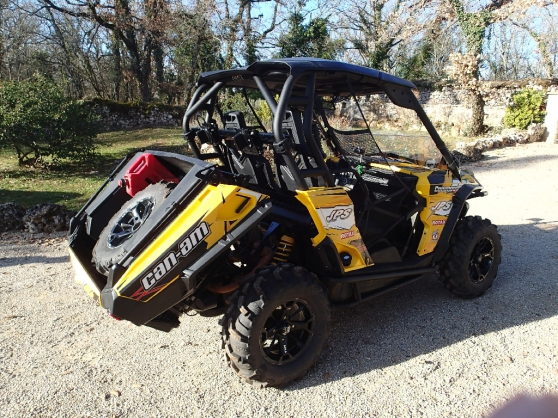 CAN-AM Commander 800 2012