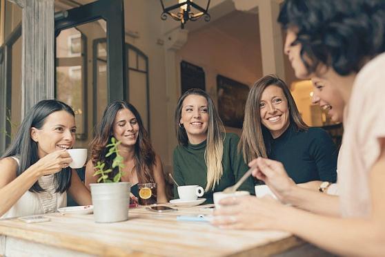 Organisez une réunion entre amies