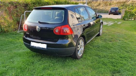 Annonce occasion, vente ou achat 'Volkswagen Golf v 1.9 tdi 105 confort 5p'
