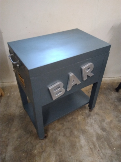 Bar industrielle vintage