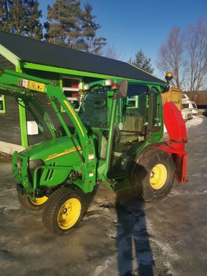 Jolie Tracteur John Deere 2520
