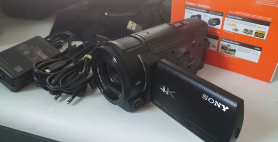 Annonce occasion, vente ou achat 'Camescope compact Sony 4K Zoom 10x FDR-A'
