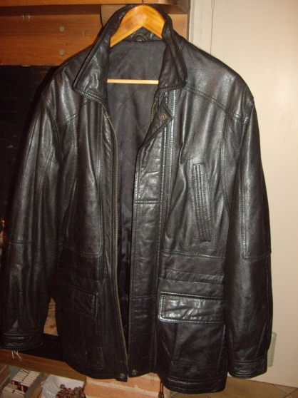 Annonce occasion, vente ou achat 'Veste cuir taille 50'
