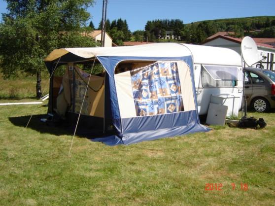 auvent pour caravane cheval blanc caravanes camping car auvent cheval blanc reference. Black Bedroom Furniture Sets. Home Design Ideas