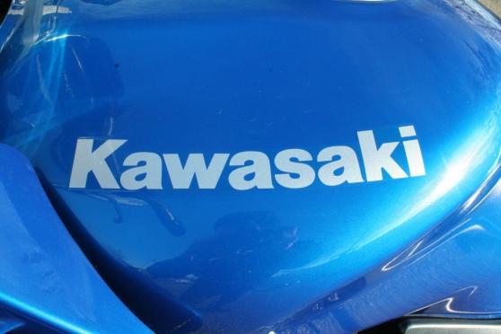 Kawasaki 750 zr7-s très bon état 2002