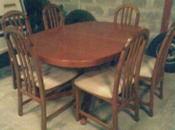 BEAUX MEUBLES :TABLE + 6 Ch SAM
