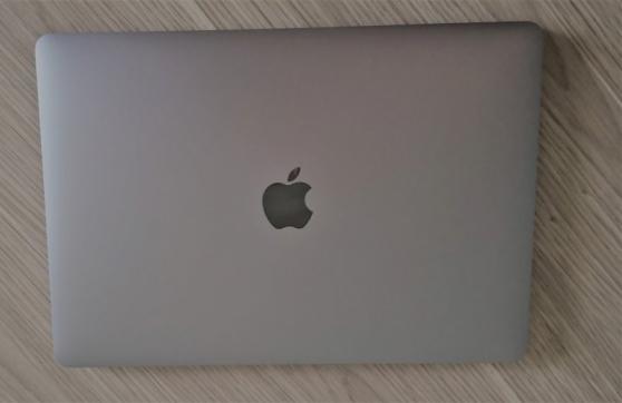Annonce occasion, vente ou achat 'MacBook Pro Touch Bar 2018 à l\'état neuf'