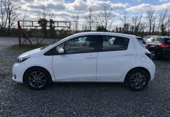 Toyota Yaris 90 D-4D DYNAMIC EQUIPE COND