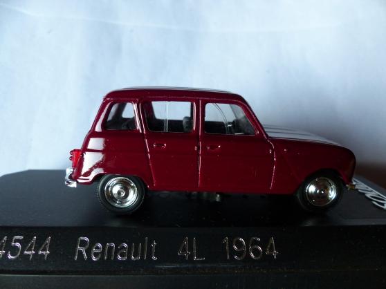 2 RENAULT 4L et DAUPHINE SOLIDO 1/43ème