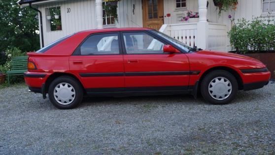 Mazda 323F 1.8 GLX