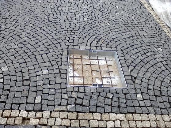 Carreau pav granit jardin nature carreau pierre for Montereau fault yonne code postal
