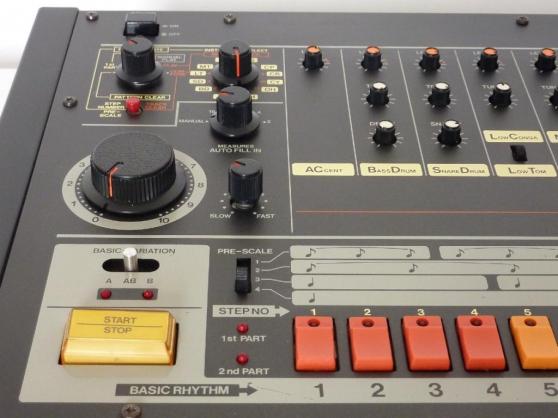 Roland TR 808 - Photo 3